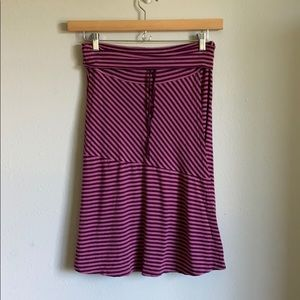 Athleta faux wrap style skirt